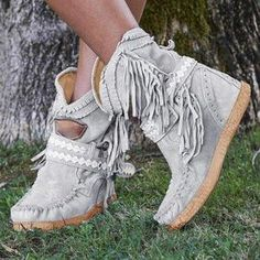 Women's casual tassel faux suede winter boots girl dating comfortable boots-oumiss Women's Lace Up Boots, Ankle Snow Boots, Warm Snow Boots, Boho Boots, Calf Boots, Girls Winter Boots, Winter Heels, Flat Heel Boots, Heeled Boots