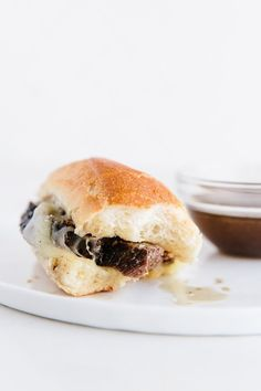 How To Make Slow-Cooker French Dip Sandwiches