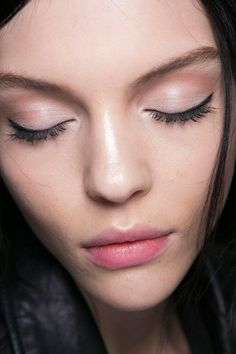 Best MFW Fall 2014 Beauty Looks   #makeuptrends #MilanFashionWeek #dolcegabanna