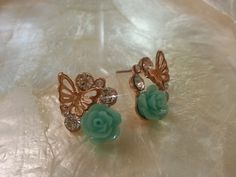 Minty Rose butterfly stud earring