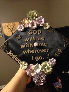 DIY Graduation Cap with scripture verse & flowers #graduation #cap