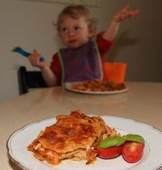 Low FODMAP lasagne er seriøst en udfordring! Men hvis du tænker lidt ud af boksen, kan det blive rigtig godt. Det er denne her et klasse-eksempel på! :-)