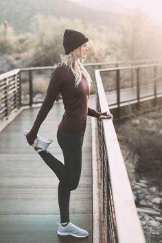 Cute Fitness Fashion Outfits Ideas 2018 39