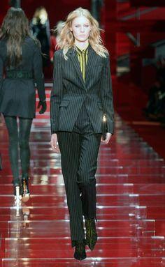 Versace - Milán - 2015-2016 - Otoño-invierno - Harper's Bazaar