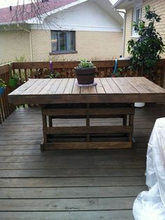 brown-pallet-table - DIY: Making Your Own Pallet Patio Furniture