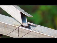 Box bar cutting tricks manual by sl sanda Art Fer, Metal Fabrication Tools, Metal Bending, Homemade Tools, Modern House Plans, Welding Projects, Diy Arts And Crafts, Blacksmithing, Metal Working