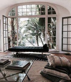 Cheap Home Decor .Cheap Home Decor Luxury Interior Design, Interior Exterior, Interior Design Inspiration, Exterior Design, Interior Architecture, Interior Decorating, Room Inspiration, Classic Interior, Room Interior