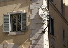 Rom, Via degli Orsini, Madonna