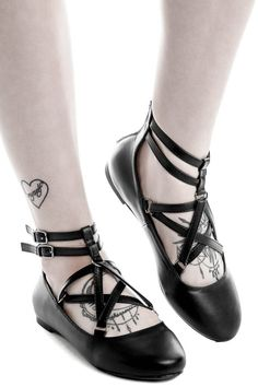 Wicca Flats [B] | KILLSTAR Keepin' it strappy; 'Wicca' flats in lush faux-leather, with statement strap-feature & buckle closure to the front - with a back zip for easy on and off. Giving you superior comfort whilst adding some drama to everyday outfits. Match with yer daily routines for some extra magick.
