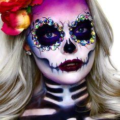 Sugar Skull | Dia de Los Muertos - https://www.luxury.guugles.com/sugar-skull-dia-de-los-muertos/
