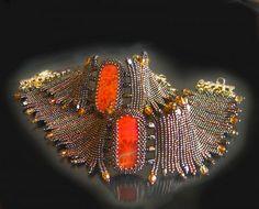 Glowing beadwoven bracelets with cabochons - herringbone - by Marina Samotolkova (Beads Magic) Wire Wrapped Jewelry, Wire Jewelry, Jewelry Art, Jewelry Design, Bead Embroidered Bracelet, Beaded Embroidery, Soutache Jewelry, Beaded Jewelry, Tear