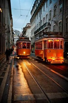 Lisbon, Portugal by BLOOMS68