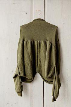 Knitting pattern short cardigan | RUKE - quality sweaters manufactory