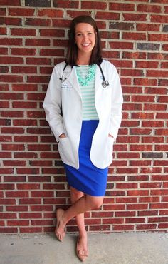 How to Dress Professionally as a Young Female Doctor ...