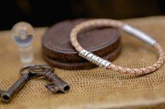 Nude Slim Open Scroll Bracelet
