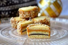 crustycorner: Vánoční medovníčky Christmas Sweets, Christmas Baking, Christmas Cookies, Czech Recipes, Ethnic Recipes, Small Desserts, Cornbread, Cupcake Cakes, Cupcakes