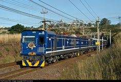 RailPictures.Net Photo: 20 032 / 20 031 Transnet Freight Rail Class 20E (Electric) at Cliffdale - KwaZulu Natal, South Africa by SAR Connecta