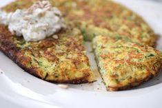 Dein Low Carb Mittagessen: Zucchini-Rösti Breakfast Snacks, Paleo Breakfast, Sweet Recipes, Healthy Recipes, Zucchini, Meatless Monday, Salmon Burgers, Nom Nom, Food And Drink