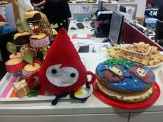 Tinsel looking chuffed with the choice of cake :)
