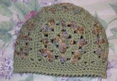 16105ab8ac2 Suzies Stuff  SUZIE S GRANNY SQUARE HAT Crochet Beanie Pattern