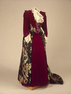 Dress, workshop of Auguste Brisac, St. Petersburg, late 19th century. Silk, satin, velvet, and lace.