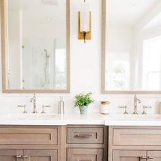 Double bathroom vanity with inset drawers
