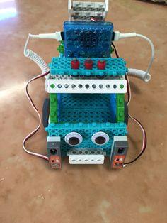 #Robotics small car at Educa En Digital