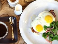 """San Francisco's favorite meal has no shortage of delicious options, whether it's eggs and mimosas or elaborate versions of pancakes and French toast. From a casual daytime-only spot in Potrero Hill to a Bloody Mary-focused """"temporary"""" restaurant in Cow Hollow, here are our picks for the ..."""