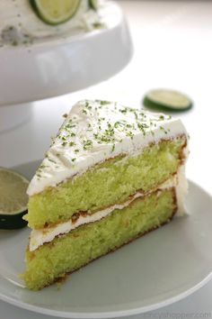 Easy Lime Cake with Cream Cheese Frosting is so simple and tastes amazing. Amazing and flavorful cake. Key Lime Desserts, Lemon Desserts, Lemon Recipes, Fruit Recipes, Just Desserts, Cake Recipes, Yummy Recipes, Lime Cake Recipe, Frases