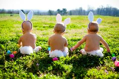 Owen and Madison Easter photos! we gotta do this! Twin Pictures, Cute Pictures, Cute Twins, Cute Babies, Cute Little Baby, Baby Love, Triplets Photography, Photography Ideas, Children Photography