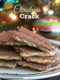 """Christmas Crack Cookie Bites - BEST Cookies EVER . There are several different versions of this recipe. However, I've done a little tweaking and have come up with what my family thinks is the perfect """"Christmas Crack"""" recipe. I can't believe how simple Holiday Cookies, Holiday Baking, Christmas Desserts, Christmas Treats, Christmas Foods, Christmas Christmas, Candy Recipes, Holiday Recipes, Dessert Recipes"""