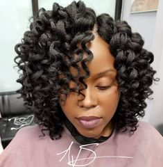 90 + Crochet Braids Hairstyles – Let Your Hairstyle do the Talking Crochet Braids Hairstyles can make a lot of difference in the entire look. It can transfer the whole look and present a new personality. Short Crochet Braids Hairstyles, Curly Crochet Hair Styles, Curly Hair Styles, Natural Hair Styles, Short Crochet Braid Styles, Black Braided Hairstyles, Natural Beauty, Low Carb Burger, Baddie Hairstyles