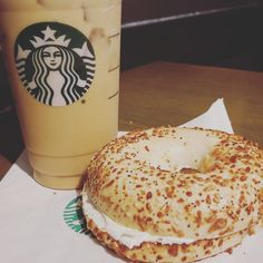 Morning, coffee and bagel with cream cheese m. Starbucks❤ #morning #coffee #bagel #creamcheese #starbucks #bemaifoodie
