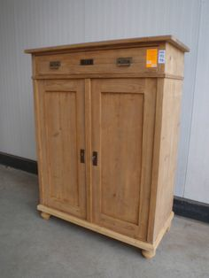 Davidowski European Antique Pine Furniture wholesale Holland - Home - Restored Pine Furniture