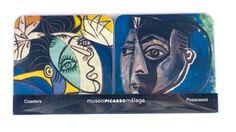 Un azul muy mediterráneo en estos posavasos perfectos para el verano. En estos podemos ver 'Jackeline sentada' y 'Mujer con los brazos levantados'.  Visita nuestra tienda-librería y descubre más artículos. #LibreriaMPM + info> http://www.museopicassomalaga.org/es/tienda-libreria