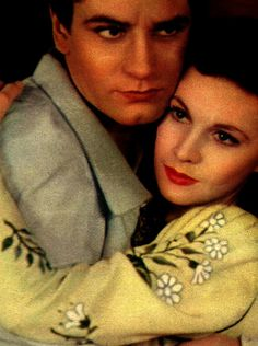 legendaryvivienleigh:  Vivien Leigh and Laurence Olivier as Romeo and Juliet
