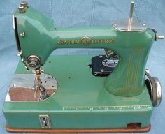 Vintage General Electric Sewing Machine! Pretty green! DeeAnn Kohn- owner
