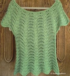 Feather and Fan Top Summer - Crocheted Top (shirt) - Free Pattern
