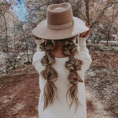 Top 60 All the Rage Looks with Long Box Braids - Hairstyles Trends Box Braids Hairstyles, My Hairstyle, Hairstyles With Hats, Long Braided Hairstyles, Everyday Hairstyles, Prom Hairstyles, Easy Pretty Hairstyles, Hairstyles For Summer, Country Hairstyles
