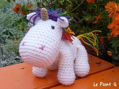 Tutoriels de crochet, Tuto peluche Licorne arc-en-ciel au crochet est une création orginale de LePointG sur DaWanda