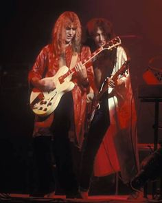 1977 farewell to kings Heavy Rock, Heavy Metal, Great Bands, Cool Bands, Rush Music, Rush Concert, Psychedelic Bands, Rush Band, Geddy Lee