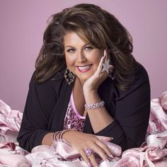 """""""Dance Moms"""" Star Abby Lee Miller Facing Prison On Bankruptcy Fraud Charges """"Dance Moms"""" Star Abby Lee Miller Charged With Bankruptcy Fraud Related posts:I could maybe do what Chloe's doing but I can't do. Abby Lee Miller, Niñas Del Reality Show Dance Moms, Divas, Dance Moms Season 8, Dance Moms Girls, Best Dance, Dance Company, Best Camera, Love Her"""