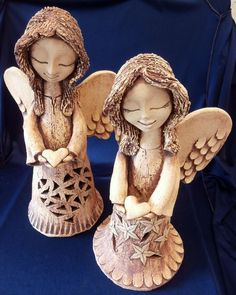 Anděl se srdíčkem - Keramická dílna Jana Willow Tree, Princess Zelda, Sculpture, Christmas, Fictional Characters, Art, Angels, Paper Envelopes, Angel
