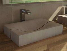 Lavabo in cemento Concrete Materials, Concrete Projects, Beton Design, Concrete Design, Concrete Furniture, Furniture Design, Concrete Bathtub, Concrete Bowl, Contemporary Baths