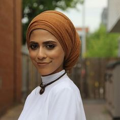 GOTEEE @thatfamousarab 😋 Modest Fashion, Hijab Fashion, Hijab Collection, Hijab Trends, Head Coverings, Headscarves, Hair Cover, Hijab Styles, Hijab Chic