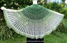 ABC Knitting Patterns - Semi-Circular Shawl with Pineapple Border Crochet Shawls And Wraps, Knitted Shawls, Crochet Scarves, Crochet Cowls, Shawl Patterns, Knitting Patterns, Crochet Patterns, Crochet With Cotton Yarn, Pineapple Pattern