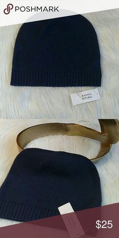 Banana Republic Navy beanie NWT Navy light beanie from BR.  Casual look, simple design, great color, and timeless add on! Banana Republic Accessories Hats