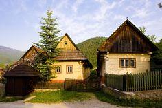 1357833222_bigstock-Vlkolinec-Slovakia-16119590.jpg 900×600 px