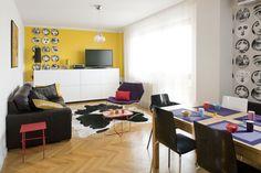 Żółty kolor ścian ożywia i rozświetla wnętrze, nadając mu ciepłego charakteru. Aranżacja wnętrz z żółtym kolorem pasuje zarówno do nowoczesnych, jak i klasycznych wnętrz. Ale, nie polecamy malowania wszystkich ścian na żółto, ponieważ jest to dość trudny kolor wnętrz, lepiej zastosować go na fragmentach ścian.