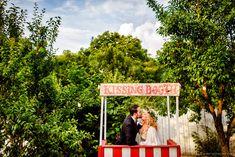 Casuta sarutului  - ziua nuntii #wedding #photoshoot #bride #groom #fotograf #nunta Home Wedding, Wedding Day, Couple Photography, Wedding Photography, Kissing Booth, Funny Couples, Couple Posing, Wedding Photoshoot, Wedding Venues